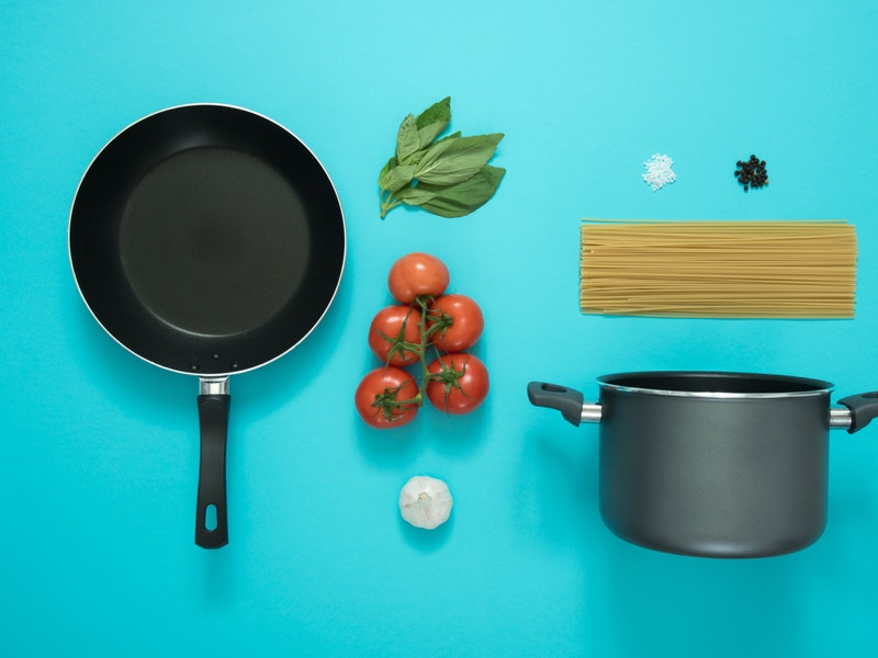 Best Cookware for Gas Stove: Reviews and Buying Guide (2018 Updates)