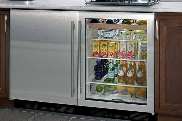 Best Beverage Cooler: Reviews and Buying Guide